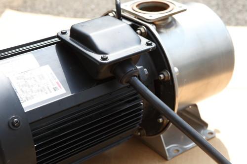 電源線接続箱