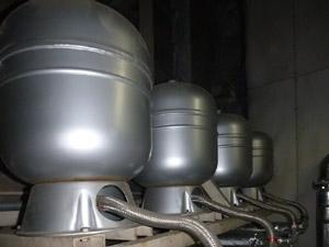 圧力タンクの設置