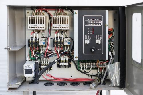 イワヤポンプ制御盤 32TT512W 制御盤内