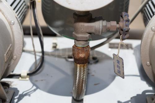 圧力タンク フレキ管