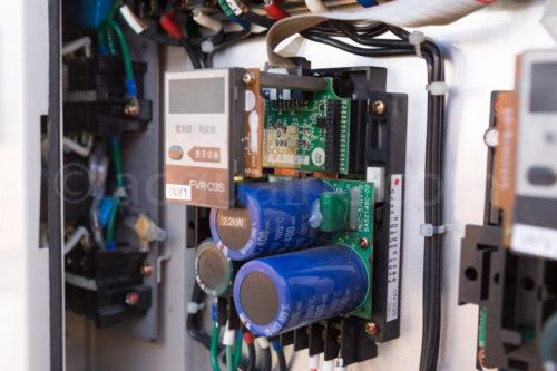 インバータ FVR-C9S FVR2.2C9S-2KFD