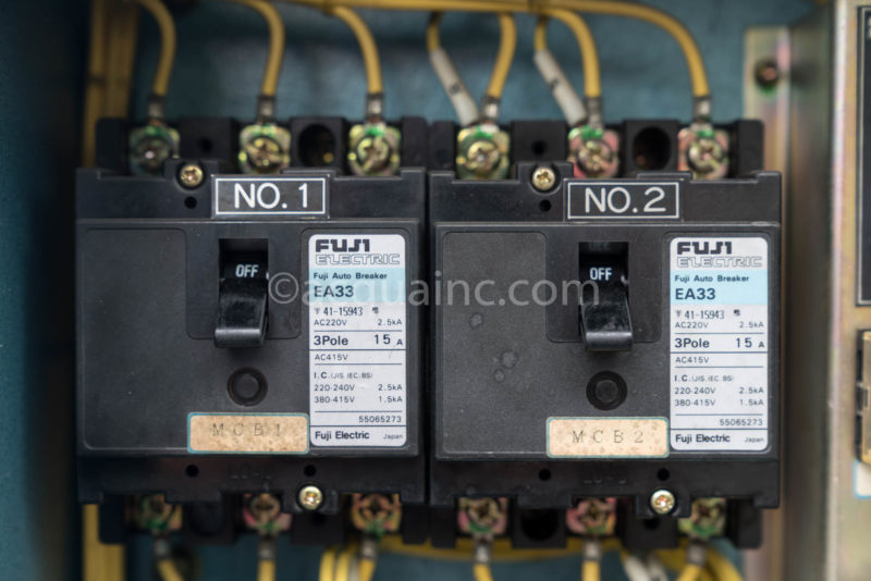 配線遮断器 富士電機 EA33 3P200V 15A
